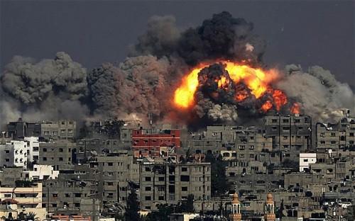 Bombardamenti a Gaza