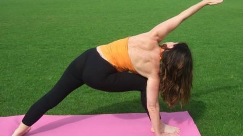 yoga angolo laterale