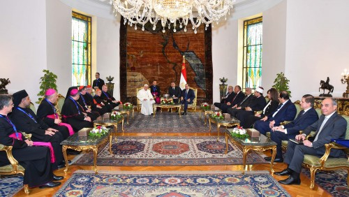 pope francis and president el sisi  4